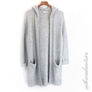 G A P • Open Front Long Cardigan